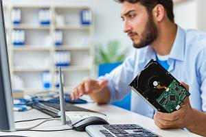 Employee taking off info from hard drive